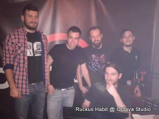 Ruckus Habit @ Studio (Κλασική Περίπτωση Βλάβης)